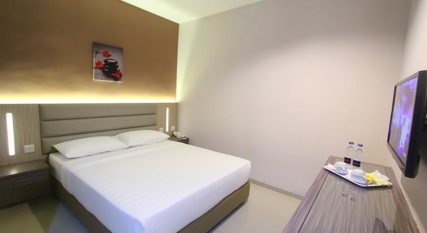 Lovina Inn Batam Centre Batam - Standard Room Only No Window Save 20% with 10% F&B Discount