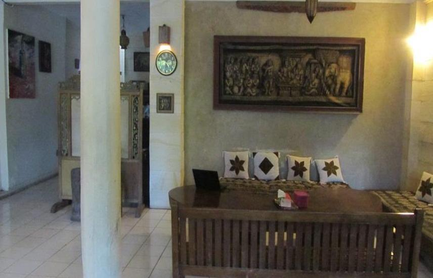 Lotus 2 Homestay Magelang - Interior