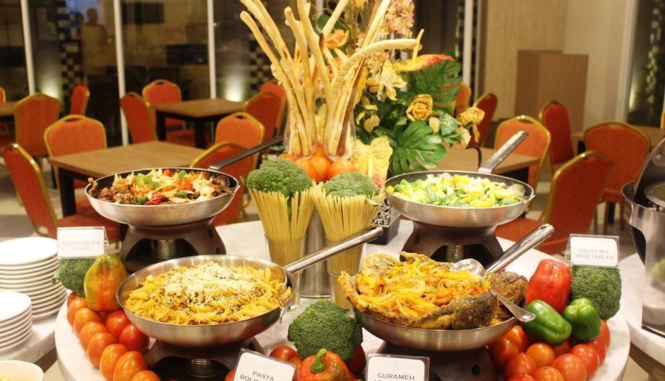 h Boutique Hotel Yogyakarta - Menu Set Makan Malam