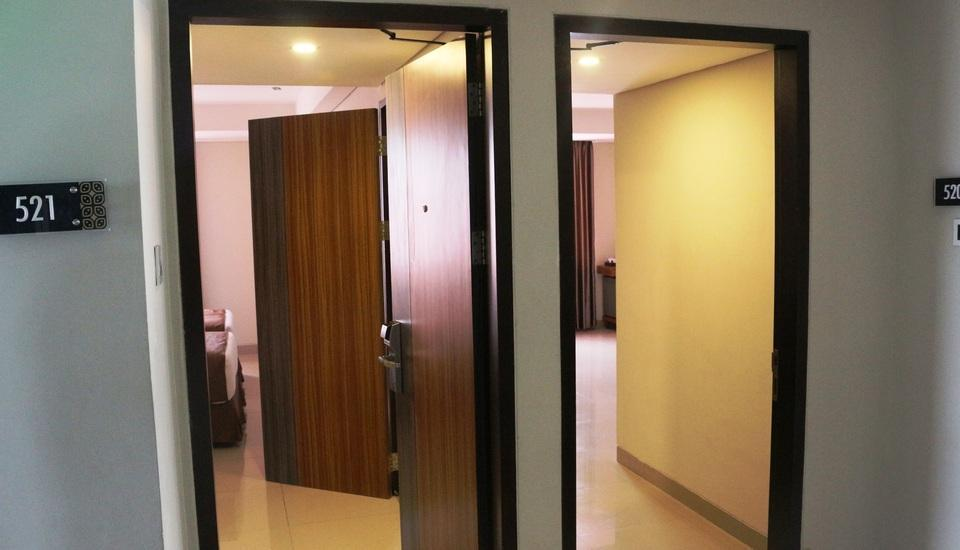 h Boutique Hotel Yogyakarta - 2 Bedrooms Family Connecting Room with Free Minibar upon Arrival Day- 20% Promo