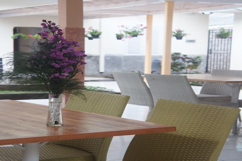 Putra Jaya Hotel Yogyakarta - Ruang makan