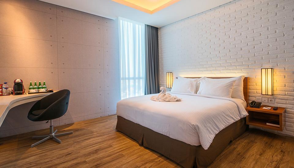 Luminor Hotel Surabaya - Deluxe Executive Room