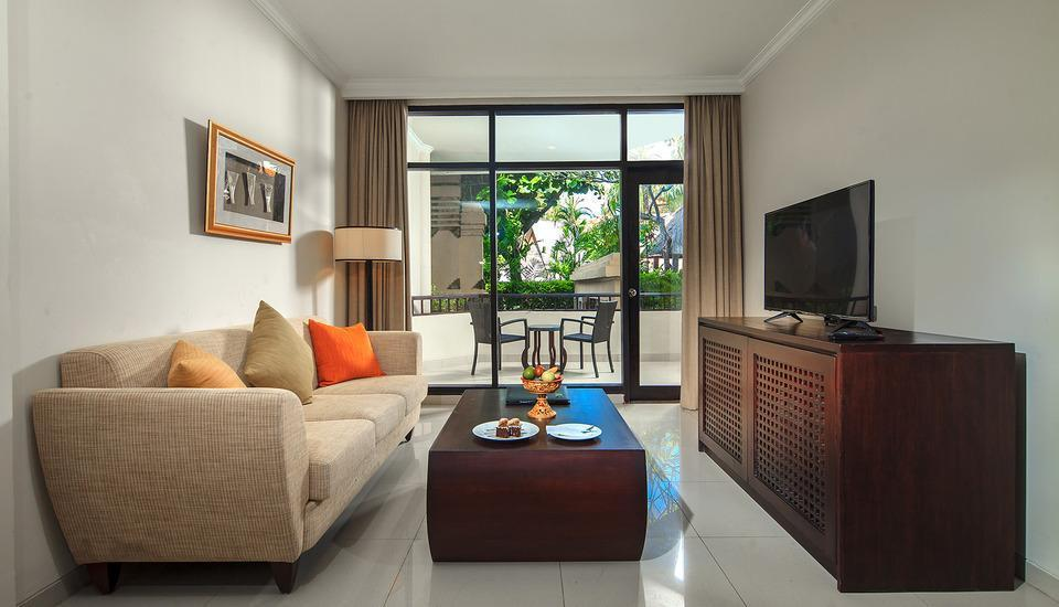 The Tanjung Benoa Beach Resort Bali - living room 1 bedroom suite