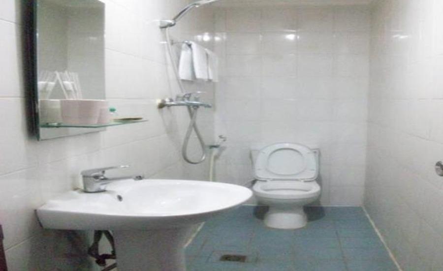 Tinggal Standard at Jalan Batu Ceper Jakarta - Kamar mandi
