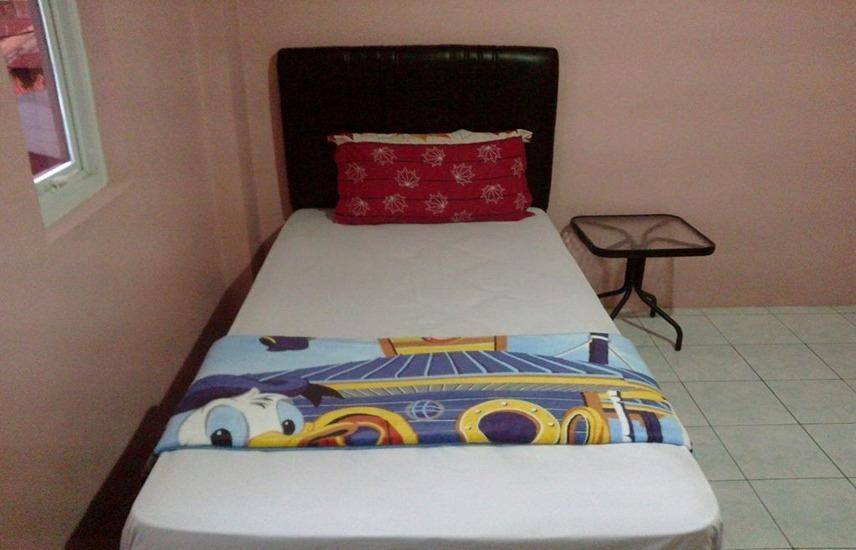 K77 Guest House Medan Medan - single room only Regular Plan