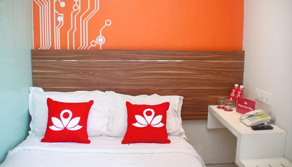ZenRooms Kusuma Bangsa Surabaya - Tampak tempat tidur double