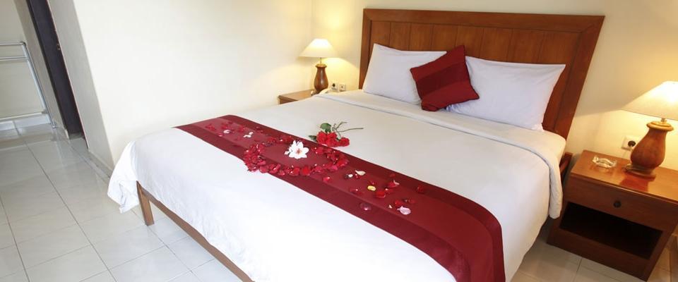 Yulia Village Inn Bali - Deluxe Room