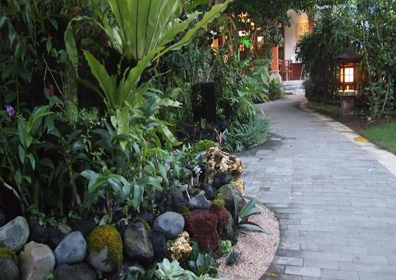 Yulia Village Inn Bali - Pemandangan