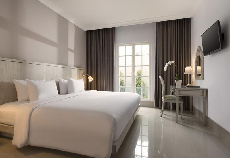 Hotel Santika Seminyak - Superior Room King Min 3 Nights Stay Regular Plan