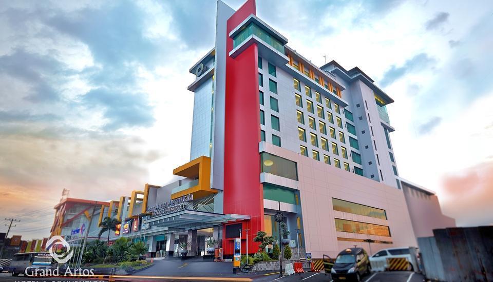 Hotel Grand Artos Magelang - Hotel Exterior