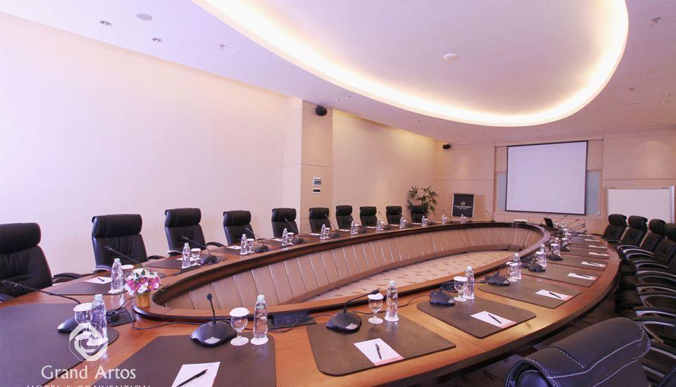 Hotel Grand Artos Magelang - Meeting Room