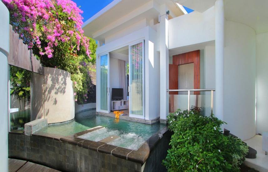 Taman Mesari Luxury Villas Seminyak - 2 Kamar Pemandangan Kolam