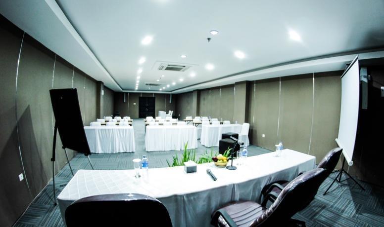 Alpha Hotel Pekanbaru - Ruang Rapat