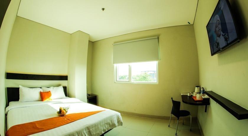 Alpha Hotel Pekanbaru - Executive Room Regular Plan