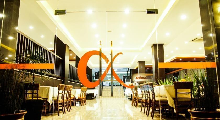 Alpha Hotel Pekanbaru - Ruang makan
