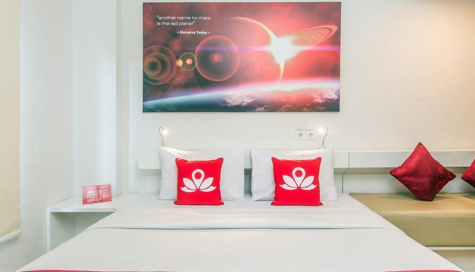 ZenRooms Denpasar Sidakarya - Tampak tempat tidur double