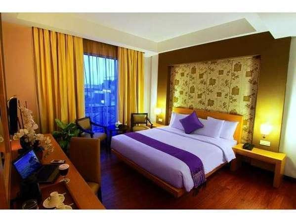 The Axana Hotel Padang - Deluxe Room Only Regular Plan