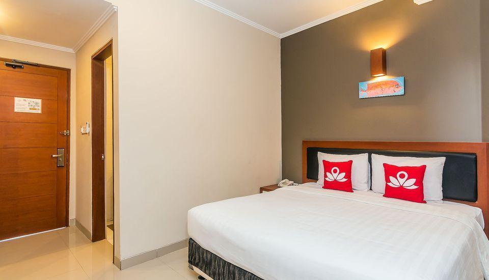 ZenRooms Sanur Tamblingan Bali - Tempat Tidur Double