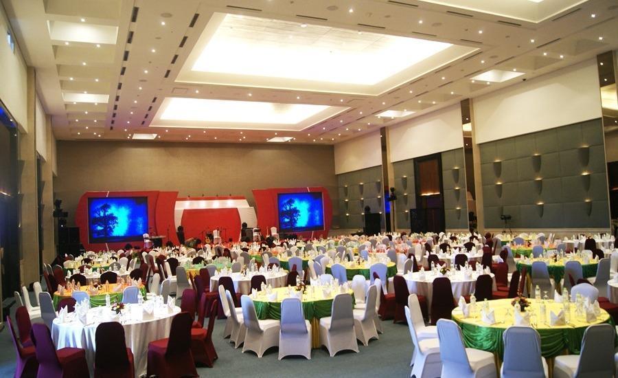 Golden Tulip Bay View Hotel & Convention Bali - Ballroom