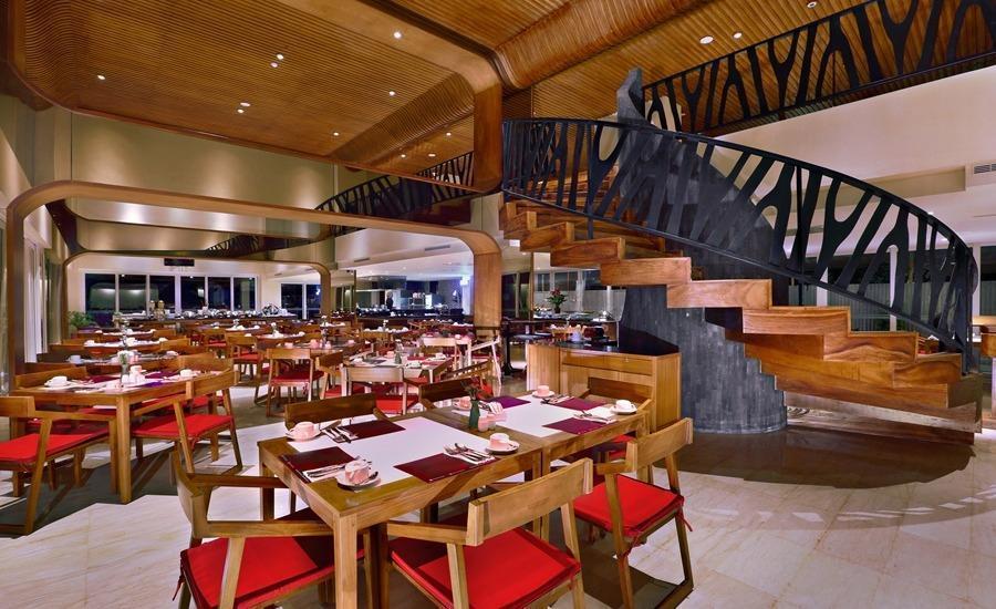 Golden Tulip Bay View Hotel & Convention Bali - Restoran