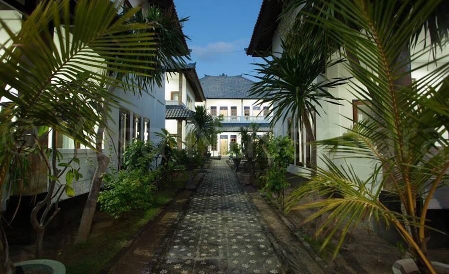 Linda Beach Resort Bali - Eksterior