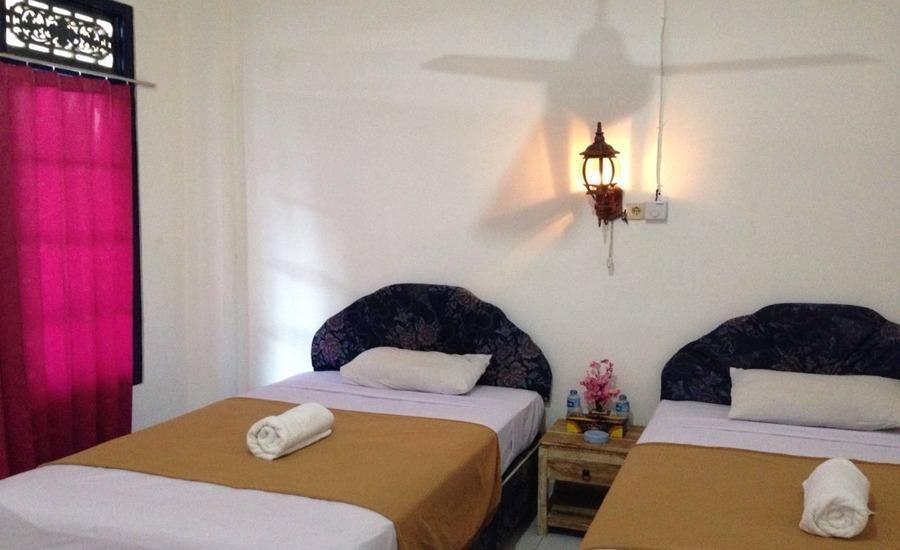 Linda Beach Resort Bali - Kamar tamu
