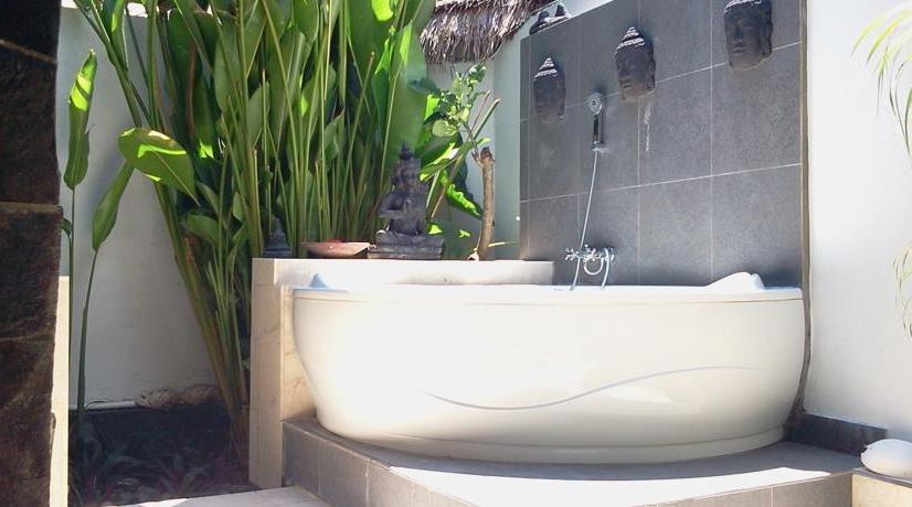 Bali Santi Bungalows Bali - Kamar mandi