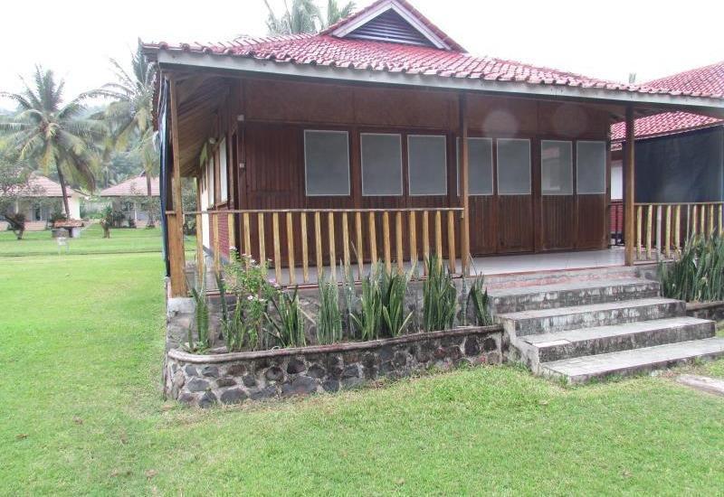 Ocean Queen Resort Sukabumi - Eksterior
