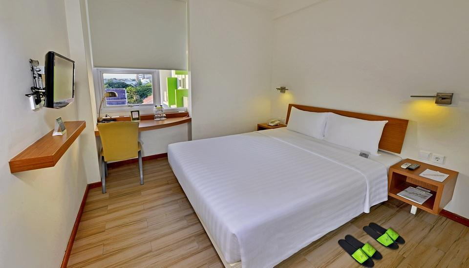 Whiz Hotel Malioboro Yogyakarta - Superior Double - room only Regular Plan