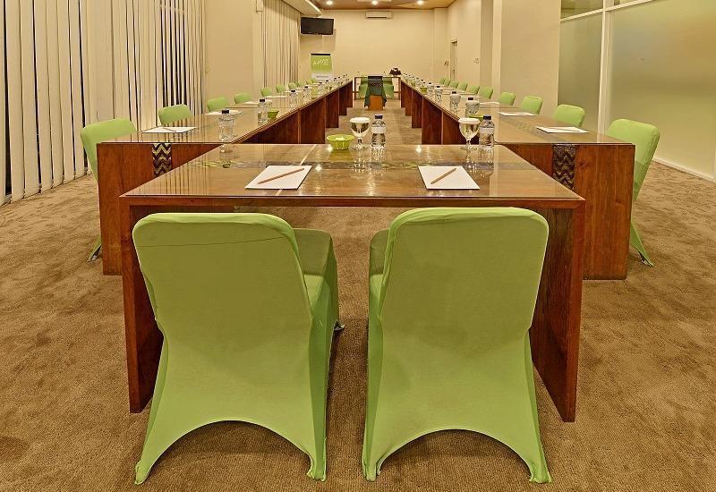 Whiz Hotel Malioboro Yogyakarta - Meeting Room