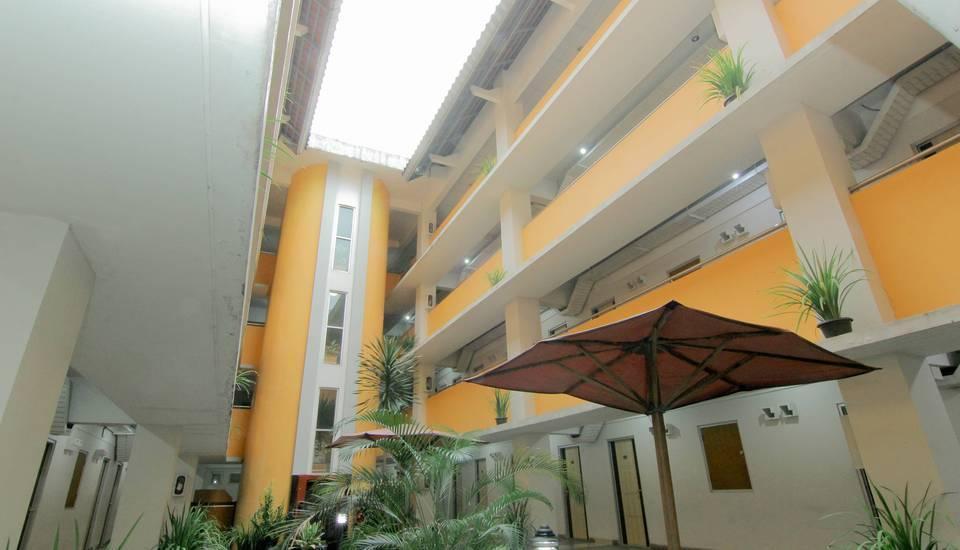 University Hotel Jogja - Facilities