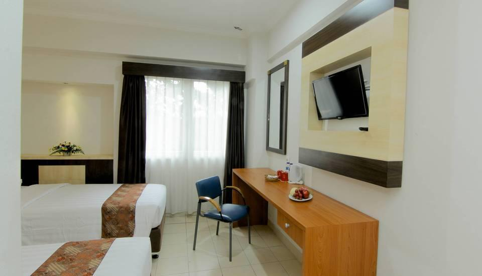 University Hotel Jogja - Superior Twin Room Only Last Minute Deal