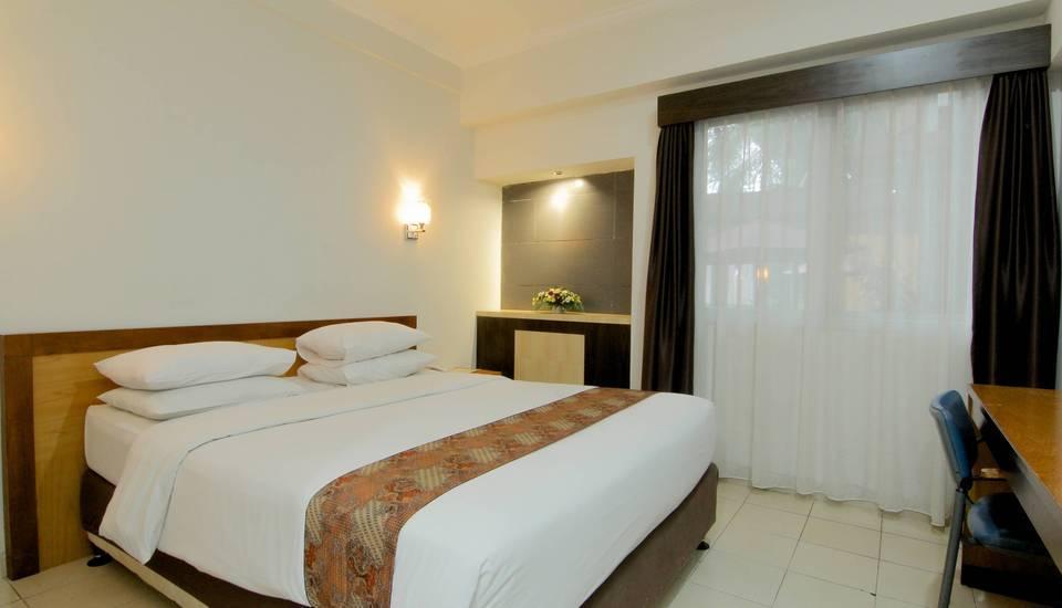 University Hotel Jogja - Superior Double Last Minute Deal