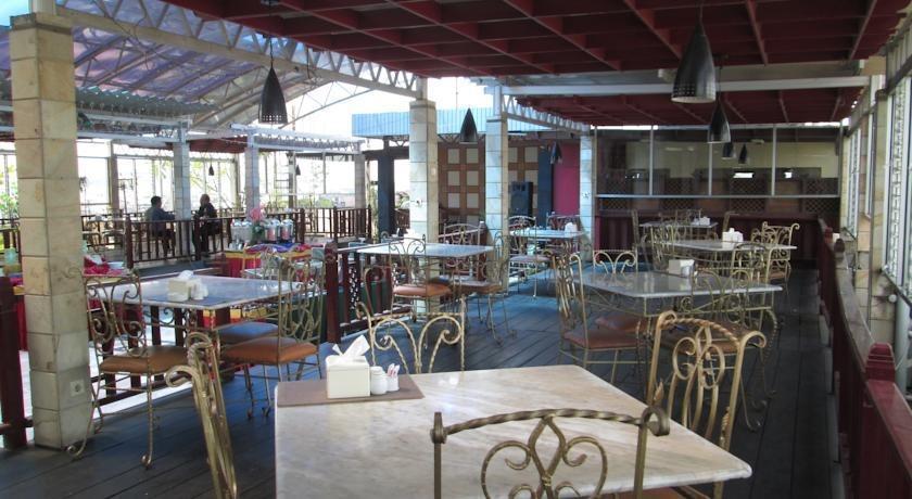 Hotel Grand Victoria Samarinda - Restoran
