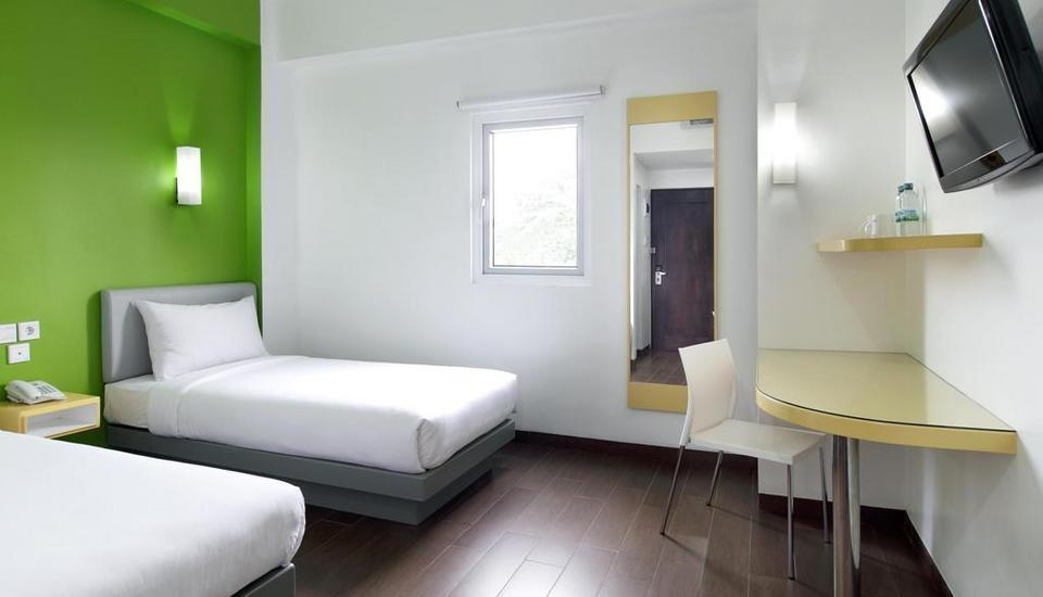 Amaris Pekanbaru - Smart Room