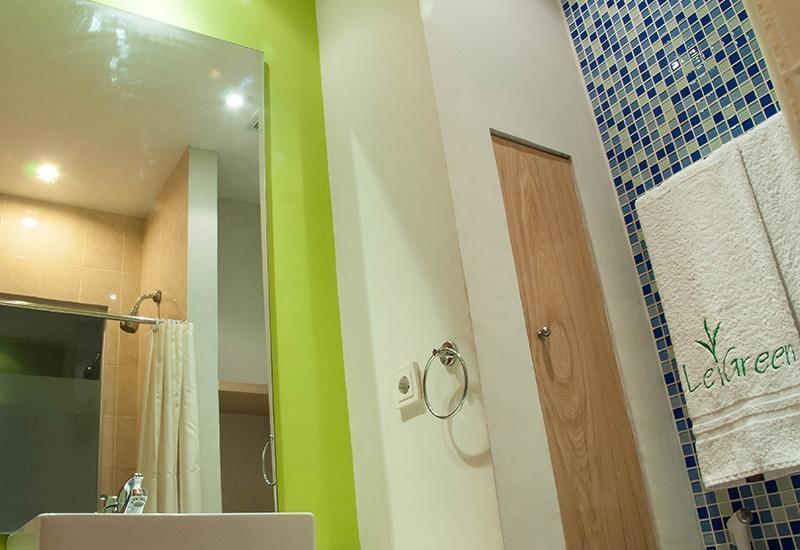 LeGreen Suite 2 Pejompongan - Kamar mandi