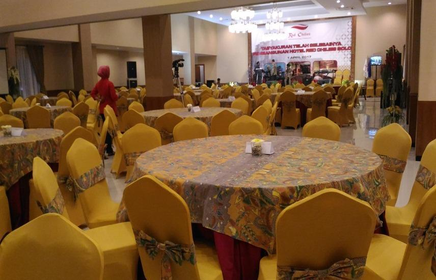 Red Chilies Hotel Solo - Ballroom