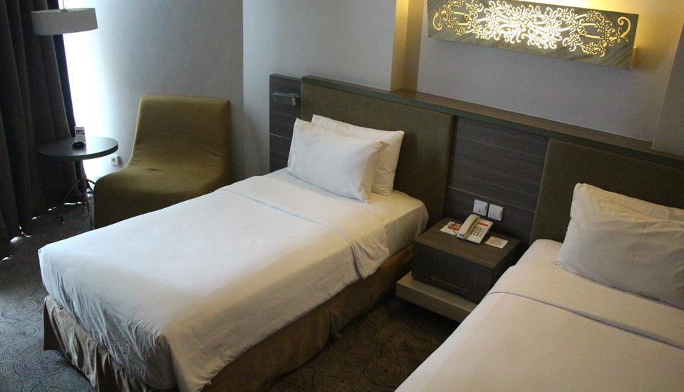 Swiss-Belhotel Balikpapan - Deluxe Twin Room Regular Plan