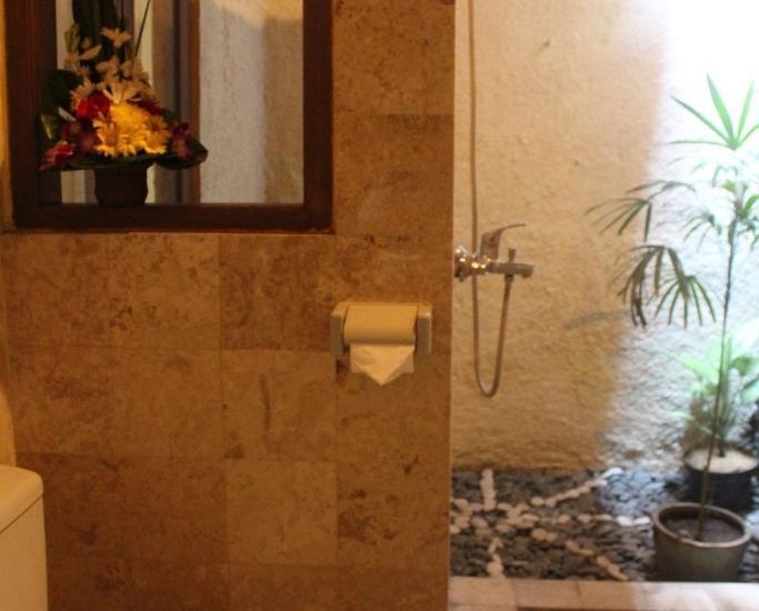 Hotel Sanur Indah Bali - mini suite bathroom