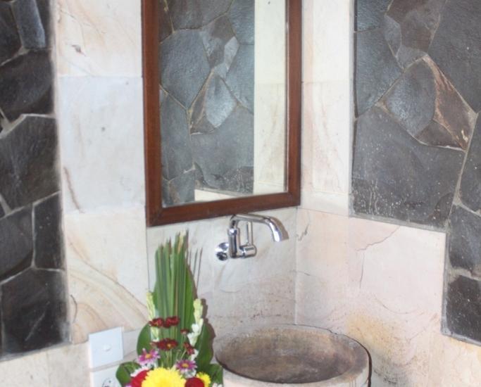 Hotel Sanur Indah Bali - Bathroom