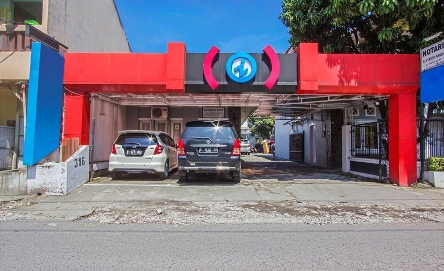 RedDoorz near Gejayan Jalan Tantular -