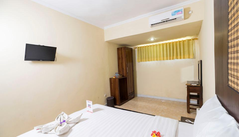 RedDoorz @Taman Mulia Jimbaran Bali - Kamar tamu