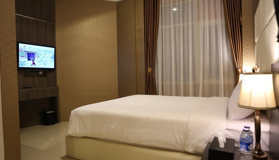 Hotel 55 B&B Jakarta - Deluxe Double Room only Regular Plan