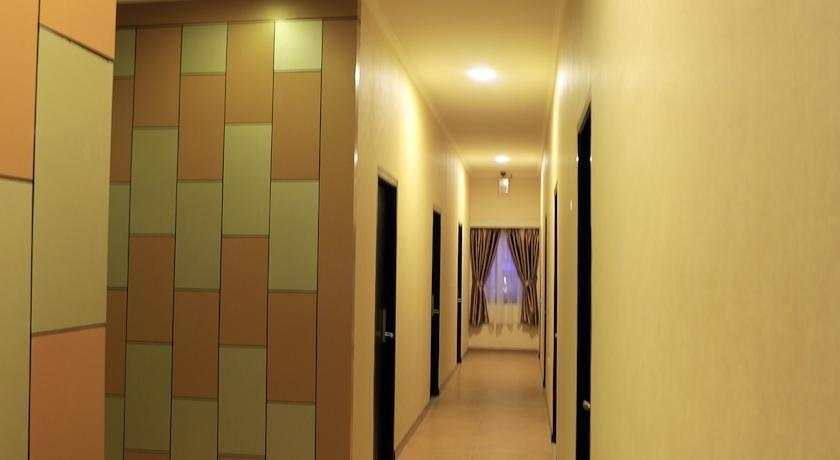 Hotel 55 B&B Jakarta - Family Suite Regular Plan