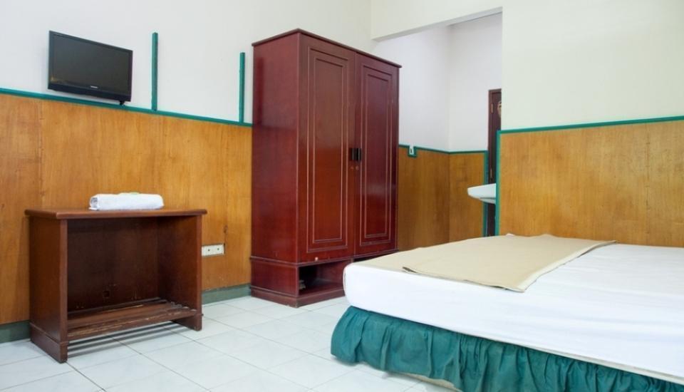 RedDoorz near Kawasan Industri SIER Surabaya - Kamar tidur