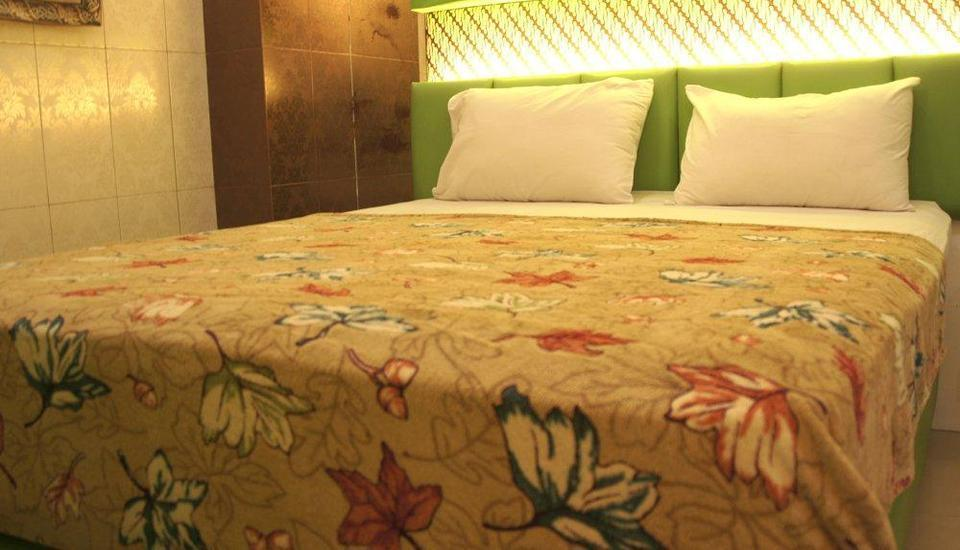 Andita Syariah Hotel  Surabaya - Superior Room Breakfast Included Special Sale