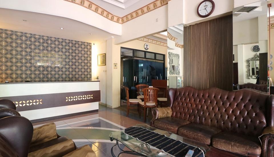 Andita Syariah Hotel  Surabaya - Lobby