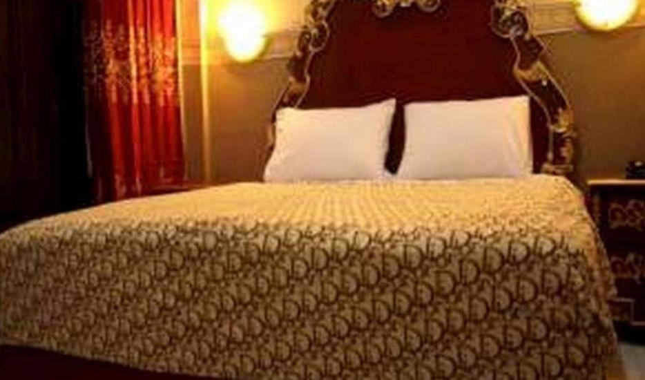 Andita Syariah Hotel  Surabaya - room