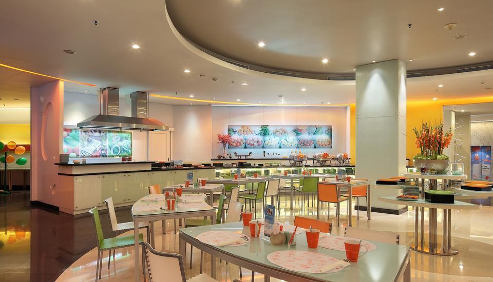HARRIS Hotel Tebet Jakarta - HARRIS Cafe