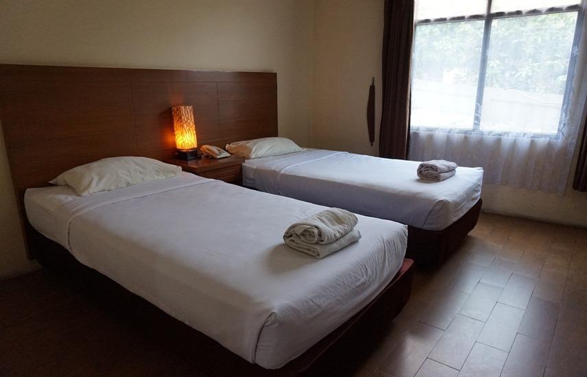 Iscalton Courteous Hotel Sukabumi - Superior